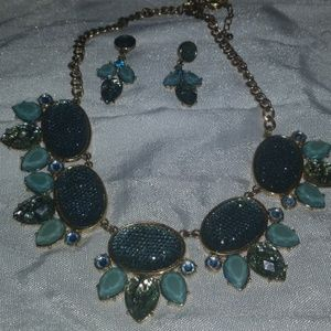 Jewelry - Bib necklace and earring set